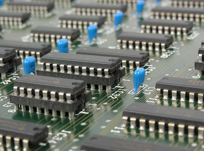 Elektriker und Fachleute von Smart Home